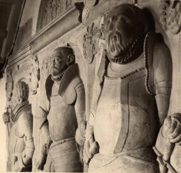 Geschichte der Sankt Georgskirche Waltershausen - drei steinerne Gedächtnismale Epitaphien