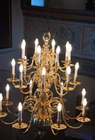 Geschichte der Sankt Georgskirche Waltershausen - elektrischer Kerzenleuchter
