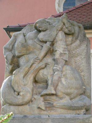 Zusammenstellung Eberhard und Gunter Wüstling - Ehrenmal Steinskulptur St. Georg Drachentöter