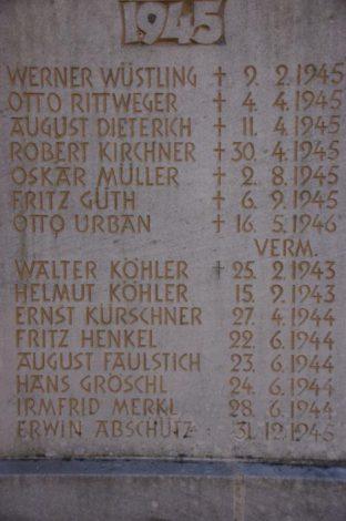 Zusammenstellung Eberhard und Gunter Wüstling - Ehrenmal Steintafel Kriegsopfer 1945