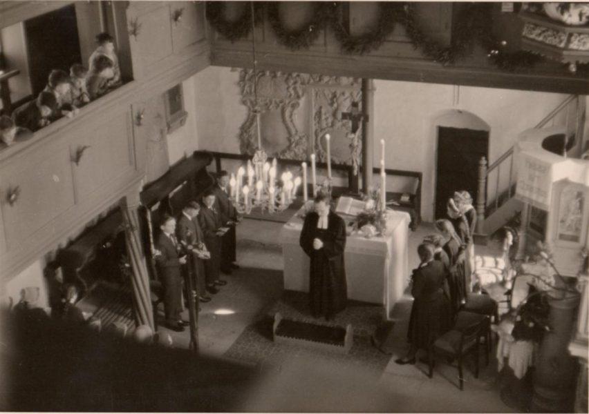 St. Georgskirche Saal an der Saale - schwarz-weiß Foto des alten Altars