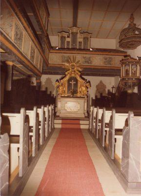 Geschichte der Sankt Georgskirche Waltershausen - alter Altar