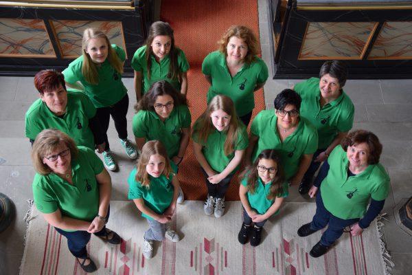 Personen der Evangelischen Kirchengemeinden Waltershausen Saal - Gitarrengruppe Waltershausen Team Gruppenfoto